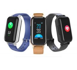 2019 boxe per i bambini T89 Smart Bracelet TWS Earbuds Bluetooth V5.0 Smart Wristband Fitness Tracker Orologi della frequenza cardiaca per smartphone IOS Android con scatola al dettaglio boxe per i bambini economici