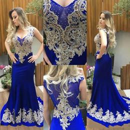2019 meilleures robes de bal de sirène d'or 2019 nouvelles robes de soirée sexy sirène bleu royal en dentelle de satin appliques perles sans manche balayage train plus la taille formelles robes de soirée de bal sur mesure