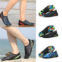 sapatos rápidos e secos Desconto Sapatos de água Designer de Sapatos de Mergulho Com Os Pés Descalços Quick-Dry Aqua Meias de Mergulho Snorkel Sneakers Surf Ao Ar Livre Praia Sapatos de Natação Chaussures MMA1818