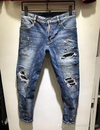 фотографии jeans Скидка Real Picture Italy ICON Мужские рваные джинсы D2 # 0275 Модный байкер с короткими джинсами Джинсовые повседневные брюки Уличная одежда Шорты в джинсах