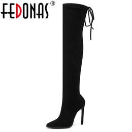 botas de invierno estrechas Rebajas FEDONAS Mujer Calcetines de talla grande Botas 2020 Otoño Invierno Nueva mujer Botas sobre la rodilla Tacones altos Banda estrecha Zapatos de baile Mujer