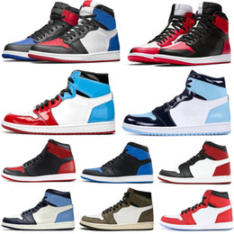 Sapatos masculinos spiderman on-line-Alta Qualidade Travis Scotts OG Sem Preatezas Obsidian Basquetebol Shoes 1 Spiderman Unc Chicago Banned Grown Toe 3 Homens Mulheres 1 Sapatos Esportivos Sapatilhas