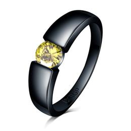 a00b042596d6 Encantador Anillo de Piedra rosa azul amarillo Circón Mujeres hombres  Joyería de Boda 18 k Oro Negro Relleno Anillos de diamantes de compromiso  Bague Femme