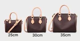 Çanta tasarımcısı ASLA TAM çanta lüks tasarımcı marka kadın cüzdan çiçek PVC deri kova çanta omuz çantaları nereden
