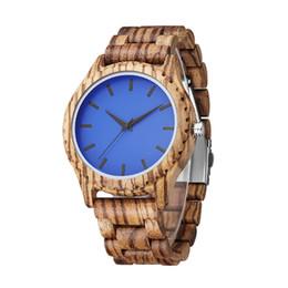 6db3c93130a6 2019 relojes de madera Marca de lujo Cebra Reloj de Madera Hombres Moda  Azul Dial Relojes