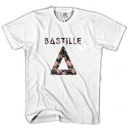 Дизайн красной футболки онлайн-Бастилия цветочный дизайн мужчина / женщина футболка страх косплей liverpoott футболка мужская гордость темный футболка белый черный серый красный брюки футболка