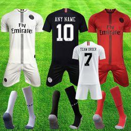 Pantalones cortos de fútbol uniformes online-Paris Saint Germain Equipo completo para adultos de la camiseta de fútbol orden del equipo PSG 2019 MBAPPE CAVANI VERRATTI calcetines cortos 18 19 camiseta de fútbol uniformes maillot equipe