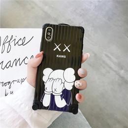 Nova rua kaws capa de telefone macio para iphone 6 7 8 plus x xs xr max móvel shell designer de moda tendência ultra-fino dos desenhos animados da arte bonito coque de volta de Fornecedores de tendências do caso do telefone
