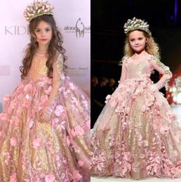 encaje tul chicas rosa Rebajas 2019 Princess Princess Cuello redondo Una línea de tul Vestidos de niña de flores con lentejuelas doradas Sheer Mangas largas Encaje Flores Vestidos de desfile de chicas
