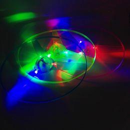 Hubschrauber pull spielzeug online-Erstaunlich Flash Flying LED Pfeil Hubschrauber Spielzeug Neuheit LED Spielzeug Drei Licht emittierende Pull Kinderspielzeug Weihnachtsgeschenke