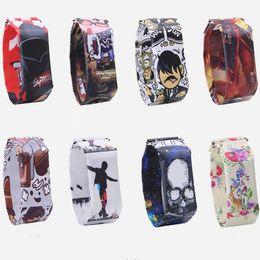 Reloj de papel digital online-Hot 20 diseños Smart Creative Paper Watch Impermeable Tyvek Magnético LED Pulseras Digitales Relojes Casual Pulsera para Niños niñas Regalo