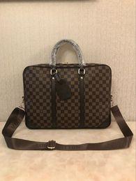 нейлоновая кожаный портфель Скидка Портфели мужские дизайнерские сумки дизайнерский портфель через плечо черная коричневая кожаная большая сумка деловая мужская сумка для ноутбука