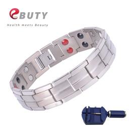2019 pulseras curativas para hombre. Pulsera de la energía magnética EBUTY Titanio con pulseras de plata Elementos de Energía Doble Línea brazalete FIR Curación regalo para los hombres pulseras curativas para hombre. baratos