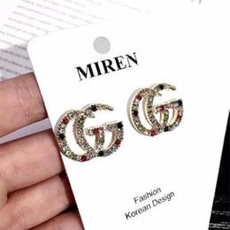 2019 Brincos de Designer de moda Cartas Brincos de Ouro Banhado A Orelha Studs Earddrop Para As Mulheres Menina Festa de Casamento Jóias 6674 de