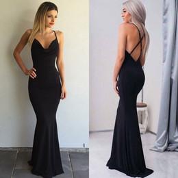 robes de club de sirène Promotion nouveau style Black Mermaid Evening Maxi robes bretelles spaghetti Criss Cross Back longue partie robes de bal élégante robes bon marché tenues de soirée Lady