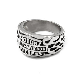 Размер 13 колец онлайн-Европейское и американское кольцо Fashong Womenmen из нержавеющей стали nener увядает золотой / серебряный цвет, чтобы выбрать Harley Biker ювелирное кольцо Размер 7-13