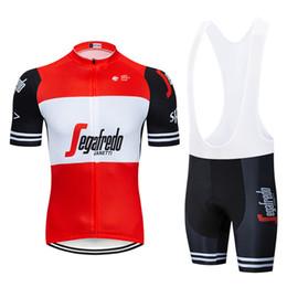 Kit de equipe curto on-line-Hot jersey kit uci ciclismo clothing bicicleta jersey quick dry mens roupas de ciclismo verão equipe de trekking ciclismo jersey gel bicicleta shorts conjunto