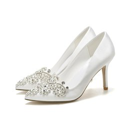 Weiße Blume Mädchen Schuhe Strass Chunky Ferse Runde Zehe Satin Pumps