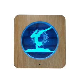 Lampada da tavolo in acrilico intagliato in legno LED Ginnastica da ginnastica 3D Night Light 7 colori Ginnastica da ginnastica per decorazione domestica Lampade Best Gift for Child ... cheap gymnastic gifts da regali ginnastici fornitori