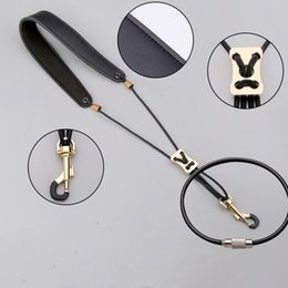 Nouveau Bracelet en cuir pour saxophone Saxophone Alto Bracelet pour saxophone ténor Saxophone universel ? partir de fabricateur