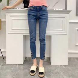 f1d22e8a9 Calças De Brim De pista de Milão 2019 Primavera Verão Painéis de Divisão CC  Botão Zíper Designer Jeans Marca Mesmo Estilo Jeans 010601
