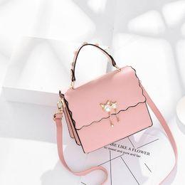schöne schwarze umhängetaschen Rabatt 1 pop Berühmte Marke Frauen Messenger Bags Mode Kleine Crossbody Taschen Weibliche Luxus Flap Umhängetasche Perle Handtasche Nizza Rot Schwarz