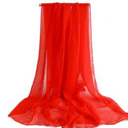 Écharpe en soie solide en été en Ligne-Été nouvelle plage serviette foulard wrap protection solaire en mousseline de soie châle simulation foulards en soie couleur unie rouge jaune bleu rose muffle tippet