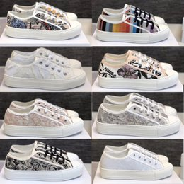 N b baskets en Ligne-Femmes Chaussures Oblique Impression Walk n Sneaker toile broderie Low Top Plate-forme Chaussures Filles Party en cours Formateurs Chaussures