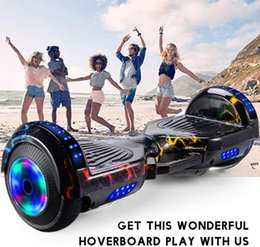 2021 selbstblitz Smart-Rad Hoverboard Skateboard Bluetooth Selbst Balancing Scooter Flash-Räder 2 Räder Selbst Balancing Scooter Dropship günstig selbstblitz