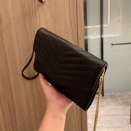 2020 sacs à main en cuir véritable crossbody gros 2020 Brand Fashion Brand Women Bag Stripes Genuine Leather Messenger Bag Designer Chain Shoulder Crossbody Bag Women Handbag Wholesale promotion sacs à main en cuir véritable crossbody gros