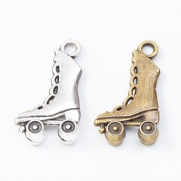 """SILVER ROLLER SKATE BOOT CHARM NECKLACE PENDANT 18/"""" CHAIN FREE GIFT BAG UK"""