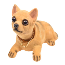 2021 brinquedos chihuahua Auto Veículo Chihuahua Nodding Bobblehead Painel Dog Toy Decor