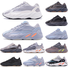 2020 hommes chaussures de course vague 2020 Wave Runner 700 Blush Desert Rat Salt 700V2 White Black Running Shoes Kanye West Men Women Trainers Sneaker Athletic Sports Shoes 36-45 hommes chaussures de course vague pas cher