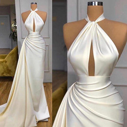 A buon mercato splendida sirena prom dresses online-New Gorgeous Cheap Simple Sexy Mermaid Evening Dresses High Neck Keyhole Draped Prom Dress Evening Ogstuff vestidos de fiesta robes de bal