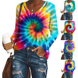 Tie dye camisas con cuello online-V Collar Print Long Sleeves Tie Dye Paisley Women Shirts Autumn And Winter Crop Top Ladies Sweatsuits Clothes Fashion HHA1480