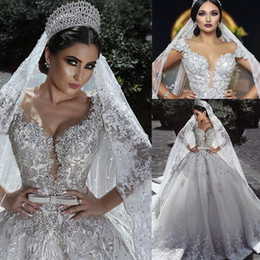 2020 dubai princesa vestido de noiva de renda Luxuoso Diamante Puffy Dresses Wedding Modern Lace Applique Floral árabe Dubai Princesa Bola do vestido de casamento da noiva vestes de mariee dubai princesa vestido de noiva de renda barato