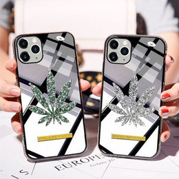 Iphone lado diamantes on-line-iPhone Luxo Glitter diamante de telefone capa para 11 Pro Folha Side Perfurar Bling Capa para iPhone X XS MAX XR 8 7 6 Plus