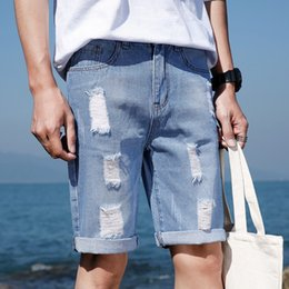 2020 rip jeans jungs New Casual Men Shorts Clothing Ripped Hole Blue Short Jeans Pant Men Knee Length Denim Cotton Boys Summer Jeans Shorts Man rabatt rip jeans jungs