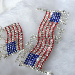 2021 abiti vincenti Trump Pin Spilla diamante Flag spilla di strass Lettera Trump Spille di cristallo Distintivo Coat Dress Perni di vestiti di moda GGA3593-1 gioielli