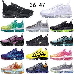 Tn uomini scarpe sportive online-2020 Size 13 Sneakers Tn Plus Black Triple White Running Shoes Dip Dye Wolf Grey Vapourmax Running Shoes Men Women Sports Trainers 36-47