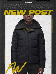Men s casacos parka árticas on-line-Down Jacket Parka Inverno New Fashion Marca Top New Arrival Canadá Homens Brasão Arctic Parka Black Navy Outdoor Hoodies Hiver Manteau Doudoune