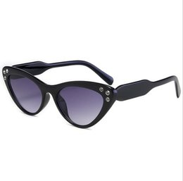 Óculos de sol da cara do gato on-line-Eye Round Color Sunglasses Mulheres Trendy Face Moda Óculos De Sol Diamante Óculos De Sol Gradient Cat Mnhij