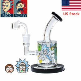 Cachimbo de óleo de vidro on-line-Pipes EU Stock Rick E Morty Bong Caliane água taça de vidro Recycler Bongs Dab Rig Oil Burner Ash Catcher Hookah
