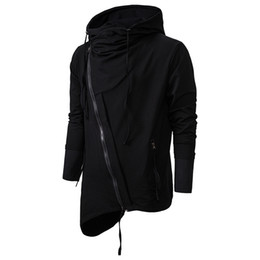 2020 assassins creed sudaderas hombre Para hombre con capucha para Departamento del resorte ocasional del otoño Assassins Creed Sweatercoat oscuro sudaderas casual Diagonal cremallera chaqueta de punto assassins creed sudaderas hombre baratos