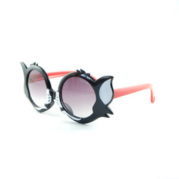 Óculos de sol da cara do gato on-line-2020 Ears New Kids cara do gato dos desenhos animados Sunglasses Moda Boys And Girls Cat Sunglasses encantadores Óculos PC Quadro Para Crianças 3160