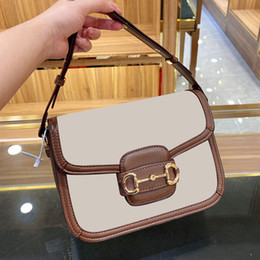 Sacs à main designer serrures en Ligne-Brown Leather Vintage Saddle Tofu Bags Luxury Female Shoulder Crossbody Bags With Lock for Women Fashion Designer Handbags Saddle Bag