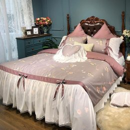 Ensembles de literie floral rose rose reine en Ligne-46 Soft Egyptian Cotton Green Pink Floral Bedding set Queen King size Duvet cover Bed sheet skirt set Queen King 4 7Pcs