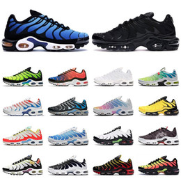 Schwarze rote laufschuhe für männer online-nike TN air max Plus SE shoes scarpe da corsa da uomo triple black white red Occhiali 3D Hyper blue Spray paint mens trainer sneaker sportive traspiranti
