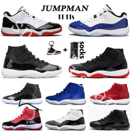 Balle bouchon en Ligne-11 11s 25e anniversaire 11 Hommes Chaussures de basket-ball 2020 Jumpman Bred Low Concord UNC 11s Cap and Gown Legend Blue Space Jam Hommes Femmes Sport Chaussures