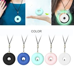 Collier d'ions en Ligne-Collier Purificateur d'air Hanging Portable cou Ions négatifs PM2,5 Purificateur d'air USB Retirez Formaldéhyde